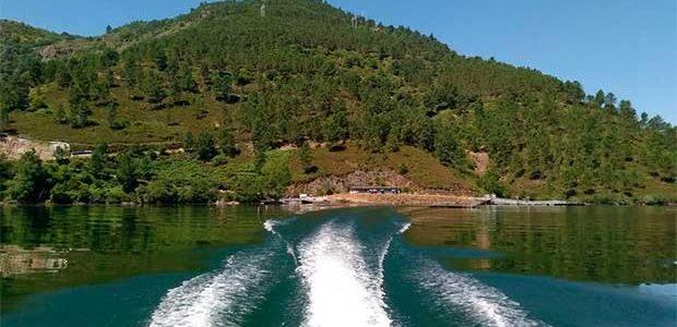 Arrancan las rutas fluviales por la Ribeira Sacra con 5.600 reservas